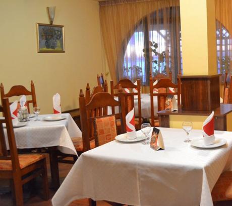 restaurant-rfn